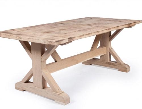 Holztischvariationen